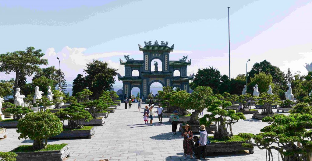 Private Car Transfer Danang City Tour