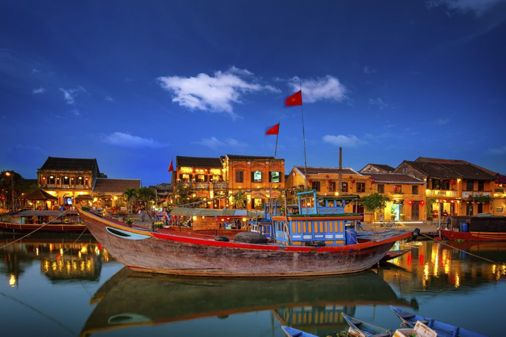 Private Car Transfer From Hoi An To Danang Airport