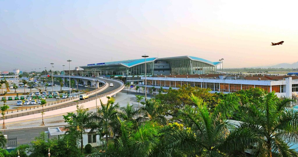 Private Car Transfer From Danang Airport To Danang Hotel
